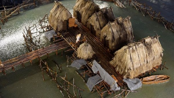 Diorama osady nawodnej w Orzyszu