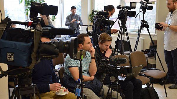 Międzynarodowa konferencja prasowa z dziennikarzami NATO