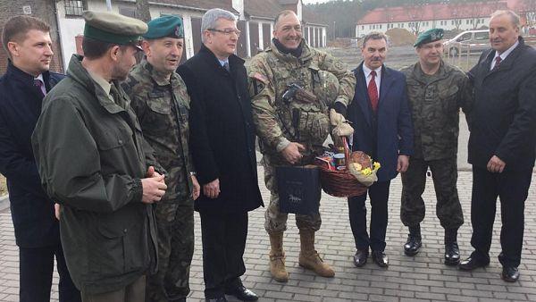 Powitanie dowódcy wielonarodowego batalionu NATO płk S. Gventer