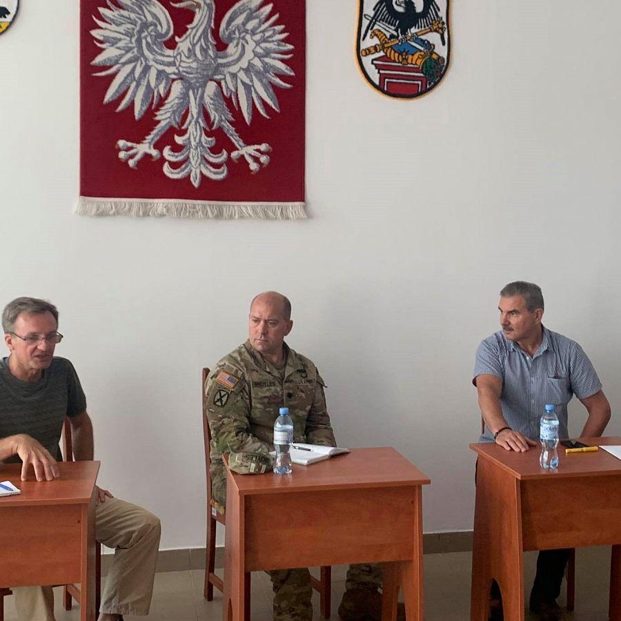 Dowódca IX zmiany Batalionowej Grupy Bojowej NATO ppłk Craig Broyles z wizytą u Burmistrza